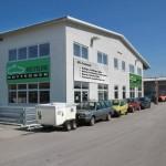 Die Verkaufsräume der Autoverwertung Rottegger in Garching